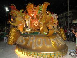 http://www.sambasul.com/teste/jupgrade/images/stories/0002016-Uruguaiana/Desfiles/rouxinois/IMG_0957.JPG